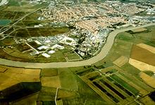 La ville de Rochefort encerclée par un méandre de la Charente