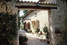 La cour intérieure du Moulin Fortuné Arizzi