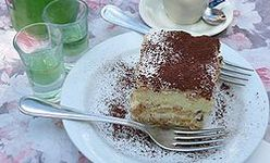 Un tiramisu de crème pâtissière