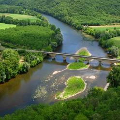 La Dordogne traverse le Périgord (credit Luc Viatour)