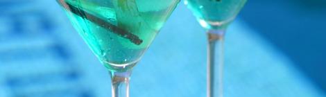 Des cocktails bleu lagon