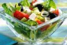 http://www.recettespourtous.com/files/imagecache/recette_fiche/img_recettes/14420_recette_salade_grecque_feta.jpg