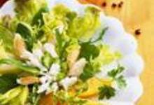 http://www.recettespourtous.com/files/imagecache/recette_fiche/img_recettes/2186_salade_de_crabeau_melon.jpg