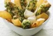 http://www.recettespourtous.com/files/imagecache/recette_fiche/img_recettes/14482_recette_batonnets_veau_croustillants_lail_persil_frites_maison.jpg