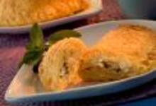 http://www.recettespourtous.com/files/imagecache/recette_fiche/img_recettes/14432_recette_petits_chaussons_poires_bresse_bleu.jpg