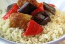 http://www.recettespourtous.com/files/imagecache/recette_fiche/img_recettes/13794_recette_couscous_bohemien_boulettes.JPG