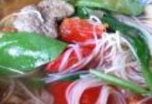 http://www.recettespourtous.com/files/imagecache/recette_fiche/img_recettes/3569_recette-soupe-tibetaine-nouilles-agneau-epinards.JPG