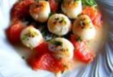 http://www.recettespourtous.com/files/imagecache/recette_fiche/img_recettes/7468_recette-noix-saint-jacques-pamplemousse-lestragon.jpg