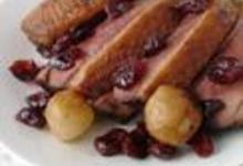 http://www.recettespourtous.com/files/imagecache/recette_fiche/img_recettes/13801_recette_filet_canard_cranberries.JPG
