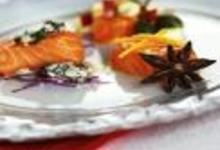 http://www.recettespourtous.com/files/imagecache/recette_fiche/img_recettes/15295_recette_saumon_trois_saveurs.jpg