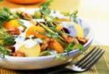 http://www.recettespourtous.com/files/imagecache/recette_fiche/img_recettes/15526_recette_salade_pommes_terre_concombre_cranberries.jpg