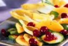 http://www.recettespourtous.com/files/imagecache/recette_fiche/img_recettes/15521_recette_salade_legumes_cranberries.jpg