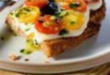 http://www.recettespourtous.com/files/imagecache/recette_fiche/img_recettes/14841_recette_tartines_pain_grille_tomates_olives.jpg