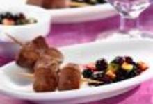 http://www.recettespourtous.com/files/imagecache/recette_fiche/img_recettes/15547_recette_brochettes_dagneau_avec_salsa_myrtilles_courgettes.jpg