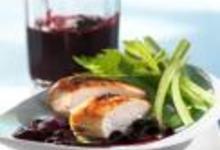 http://www.recettespourtous.com/files/imagecache/recette_fiche/img_recettes/15546_recette_blancs_volaille_grilles_sauce_myrtilles.jpg