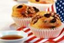 http://www.recettespourtous.com/files/imagecache/recette_fiche/img_recettes/15497_recette_muffins_cranberries_noix_avec_sirop_derable.JPG
