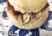 http://www.recettespourtous.com/files/imagecache/recette_fiche/img_recettes/sandwich-muffin_bacon_noisette_mayo.JPG