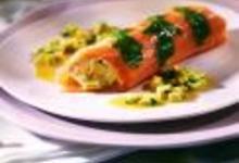 http://www.recettespourtous.com/files/imagecache/recette_fiche/img_recettes/15384_recette_cannelloni_saumon_fume_crevettes_avocat.jpg