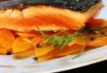 http://www.recettespourtous.com/files/imagecache/recette_fiche/img_recettes/15298_recette_dos_saumon_laque_miel_soja_carottes_caramelisees_sechouan.jpg