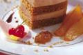 Millefeuille de Foie Gras au pain d'épices et sa vinaigrette aigre douce, poires caramélisées et confit d'oignons de Trebon au Madiran
