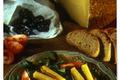 Toasts de salers à la crème de pruneaux