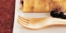 Crêpe fourrée à la Fourme de Montbrison, myrtilles et estragon