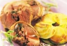 Paillasson de pommes de terre et courgettes, accompagné de son épaule d'agneau