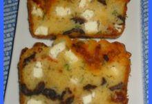 Cake aux Tomates séchées, Chorizo, Féta, Basilic et Olives Noires 2