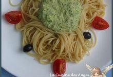 Spaghettis à la Crème de Courgette au Parmesan et aux Noisettes