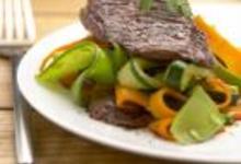 Sauté d'onglet de boeuf de Chalosse aux petits légumes et au gingembre
