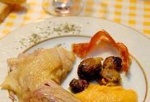 Poularde gasconne farcie à l'oignon de Trébons et aux châtaignes des Pyrénées