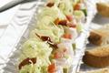 Choucroute au pistou et tartare de poisson