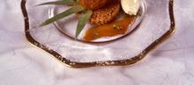 L'ananas rôti au caramel d'épices, riz de Camargue soufflé