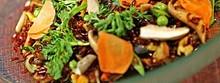 Riz rouge biologique de Camargue sauté façon Thai, légumes et tofu