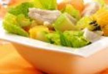 Salade romaine aux agrumes et filets de sole tropicale