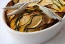 Clafoutis de courgettes au parmesan à la sauge