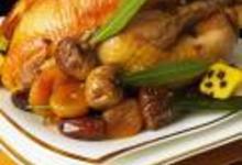 Poularde fermière au miel d'épices et ses fruits d'hiver