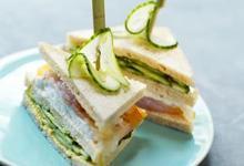 Club sandwich aux Concombre de France et haddock