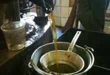 sortie de l'huile, huilerie de Blot