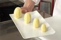 Tourner des pommes de terre