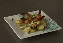 Pomme grenaille et pomme fruit in salada et crevettes