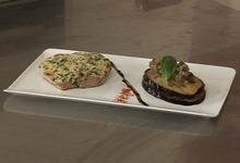 Thon à l'unilatérale de Parmigiano reggiano, mille-feuille d'aubergine