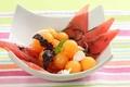 Salade de pastèque et melon au basilic, éclats de chèvre frais