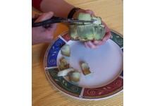 préparation des artichauts farcis