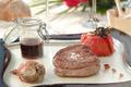 Filet de Bœuf et son Tatin de Tomate, réduction au Cumières rouge