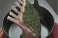Carré d'agneau en gremolata de menthe
