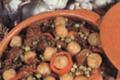"""Pommes de terre Cisinées au """"Pitu caleyeru"""" (Petit poulet élevé en liberté)"""