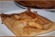 crepes aux pommes et au cidre