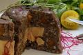Terrine de canard au VIN NOIR du Brulhois et chocolat, coeur de foie gras
