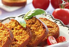 Le Cake Tomate et Basilic